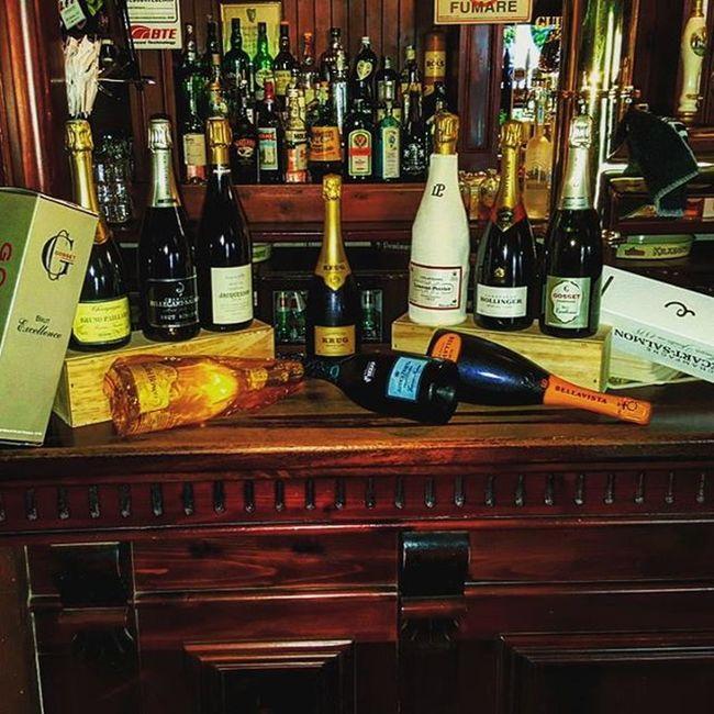 La vita è troppo breve per bere vino mediocri UBRIACONI 2.0 Brunopaillard Billecartsalmon Jacquesson Krug Laurentperrier Bollinger Gosset Cadelbosco Anticafratta Bellavista