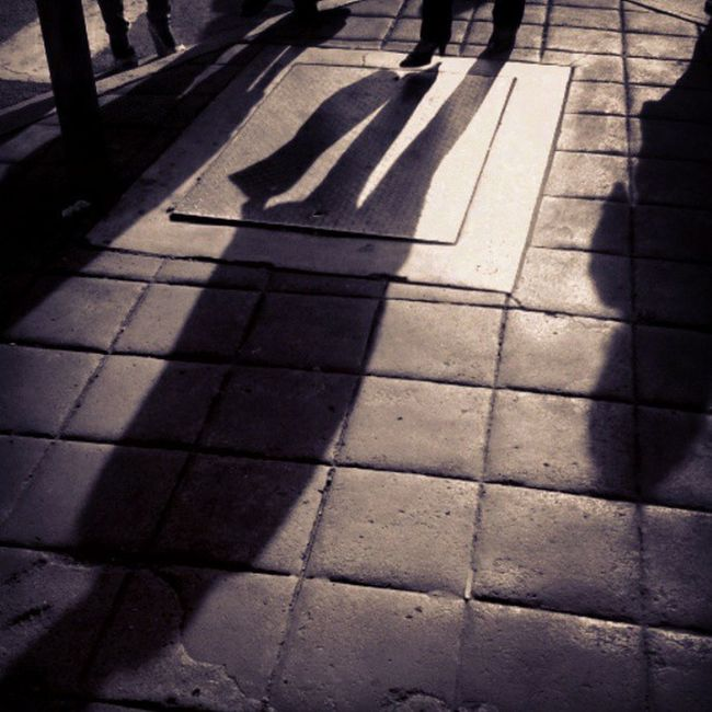 Sombras Street Samsungphotographer Shadows bw blancoynegro igers losteques