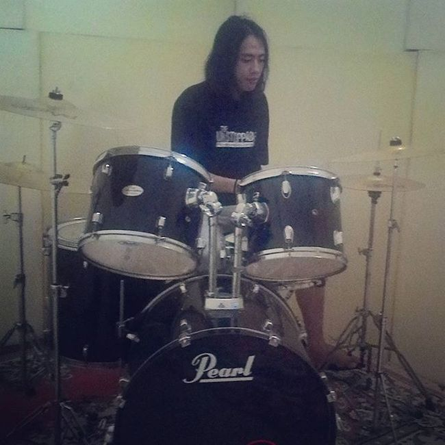 Tgh buat drum sample, fefeling Dr. Dre jap. SleezyMoss TheUnstoppableINC Beatmaking Drums AlaDre .