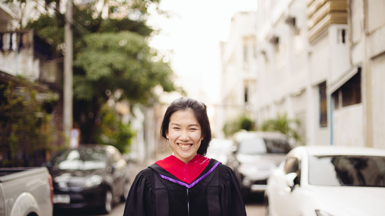 Kwang's pre Graduation Portrait Friend Afterschool  Getting Inspired Eye4photography  EyeEm Best Shots 50mm Asian  Girl Smile The Portraitist - 2016 EyeEm Awards