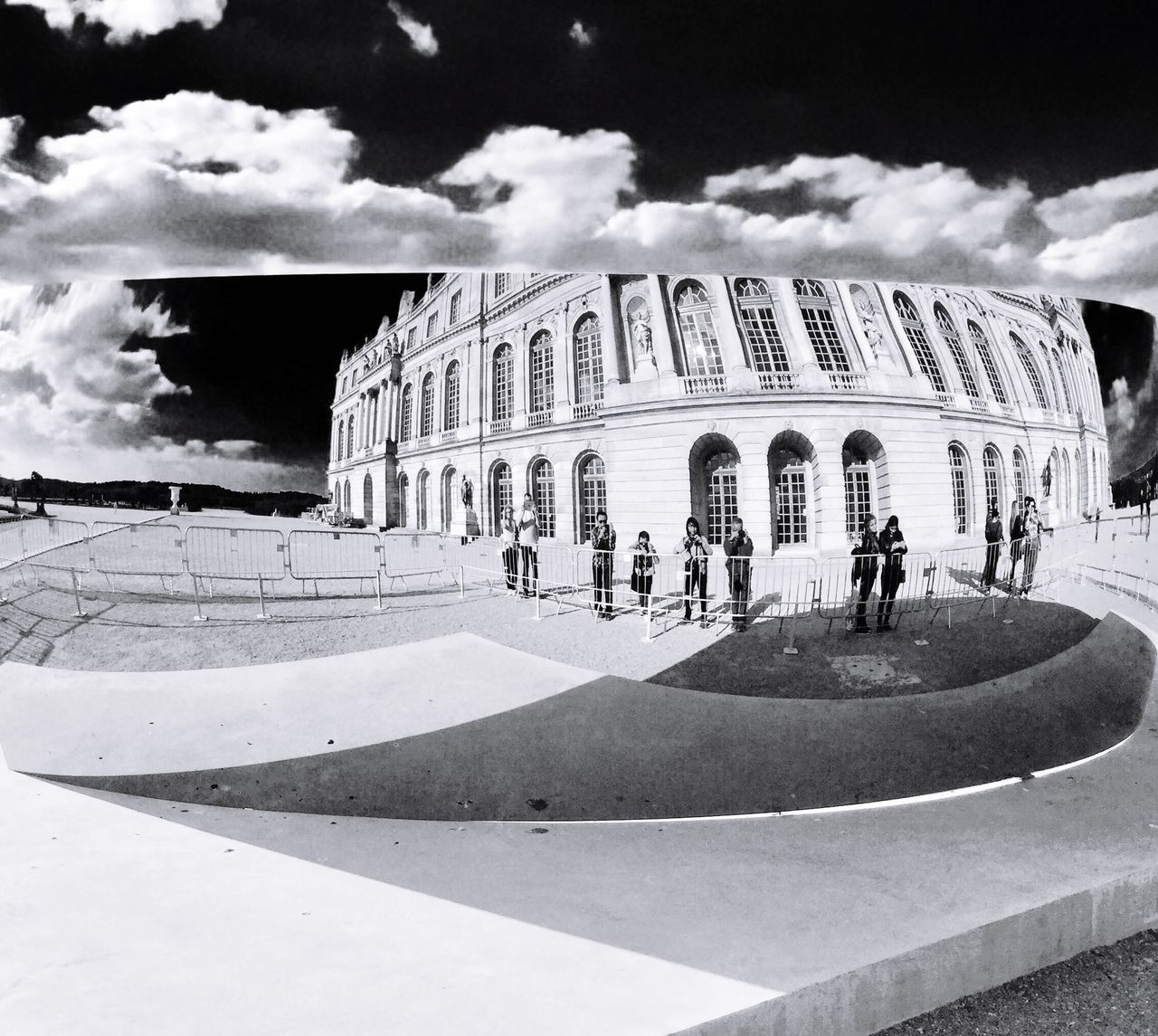 Sky And Clouds Mirror Picture People Watching People And Places Wathing Versailles Palace Mirror Effect Cloud_collection