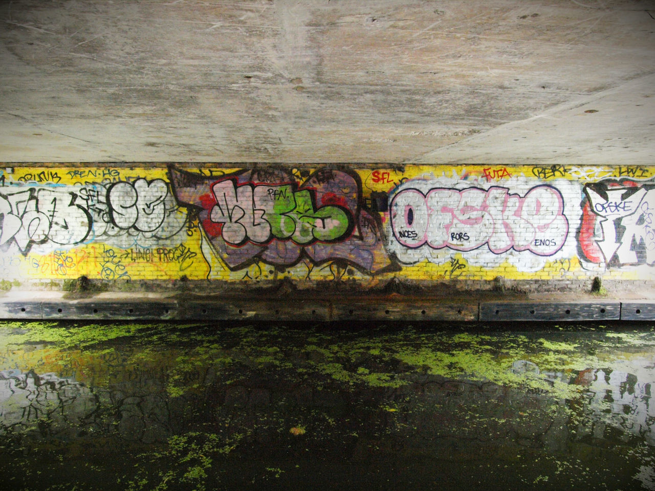 graffiti, creativity, street art, art and craft, multi colored, day, no people, outdoors, architecture, close-up