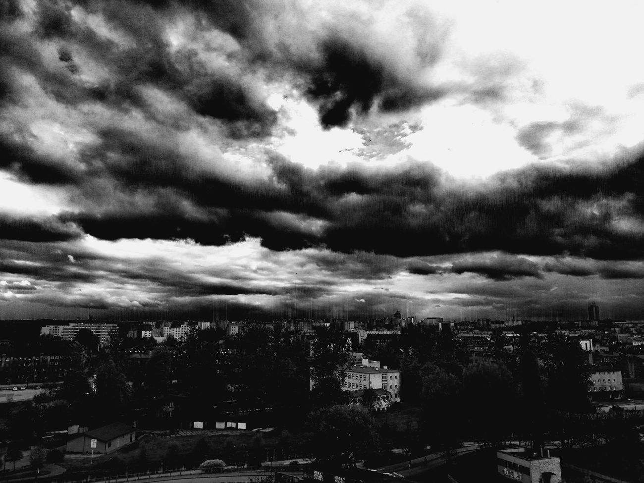 When the sky is about to touch the city Relaxing Enjoying Life Light And Shadow Symbolic  Symbolism Symbol Hello World Hanging Out Taking Photos Check This Out Black Blackandwhite Black & White Blackandwhite Photography Black And White Photography Black & White Photography City View  Cityscape Sky And Clouds Skyline Sky City Landscape