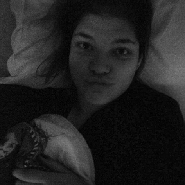 Status do dia: divando na cama super king size da mamãe Folgada Férias Sedentaria Goodmorning