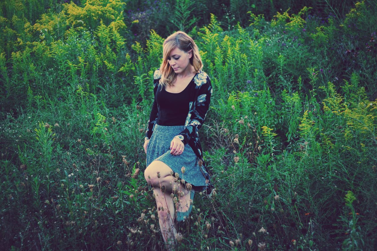 Tranquil Full Length Young Women Lifestyles Leisure Activity Casual Clothing Young Adult Person Portrait Long Hair Looking At Camera Nature Field Beauty Green Color Day WoodLand Non-urban Scene Confidence  Beauty In Nature