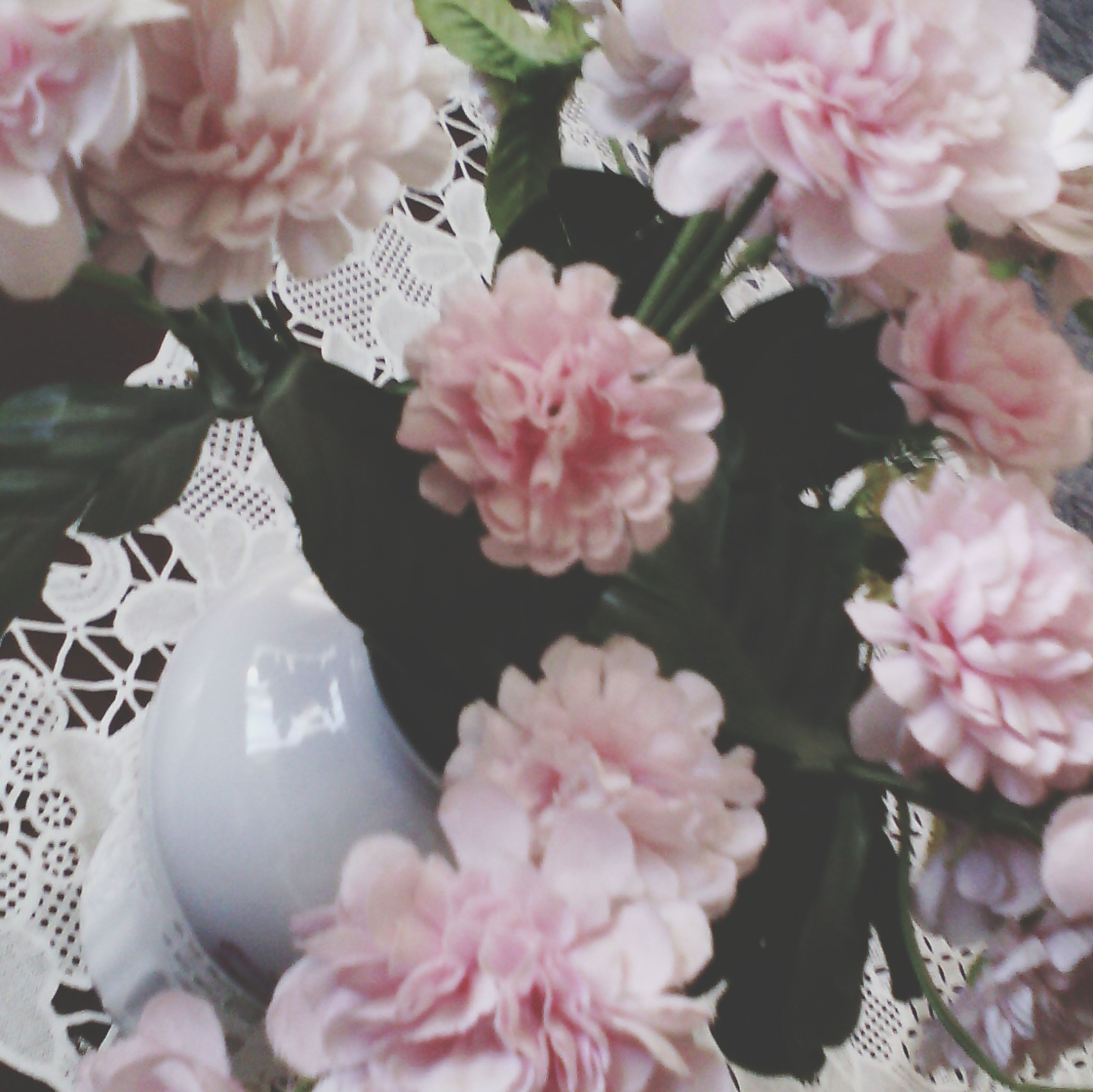 flower, freshness, petal, fragility, pink color, flower head, beauty in nature, blooming, close-up, growth, nature, bouquet, focus on foreground, in bloom, bunch of flowers, blossom, rose - flower, white color, park - man made space, pink