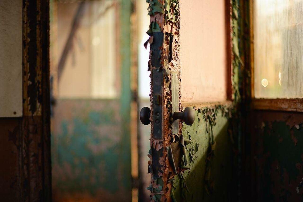 Old green door Green Green Doors Green Color Abandoned Places Abandoned Buildings Abandon_seekers Abandoned_junkies EyeEm EyeEm Gallery