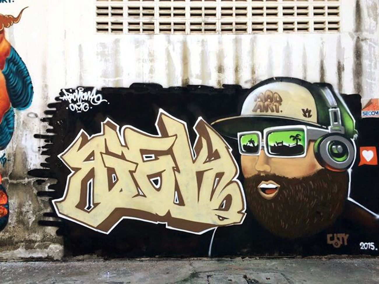 Hi! Bigk One Graffiti Art Enjoying Life Fatboy 555+