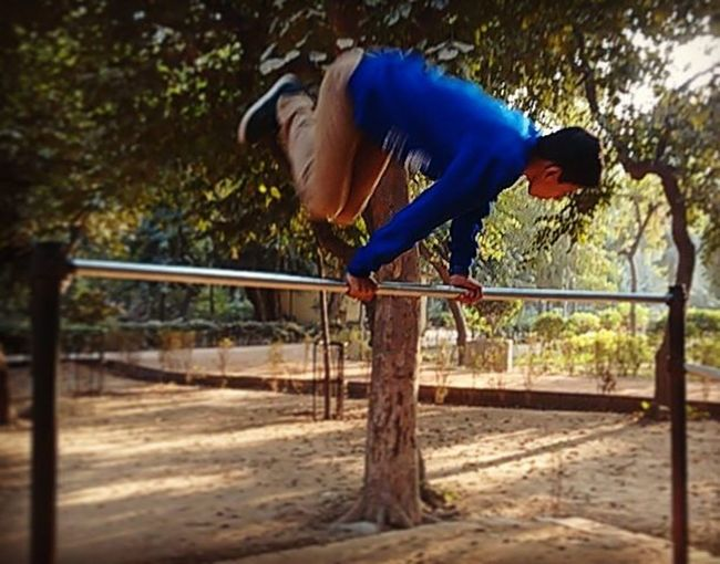 Swi Streetworkout Calisthenics Jumpoverthebar Justforfun Justbegin Barbrothers Barbrothersdc India Lazarnovic Bars Perfect