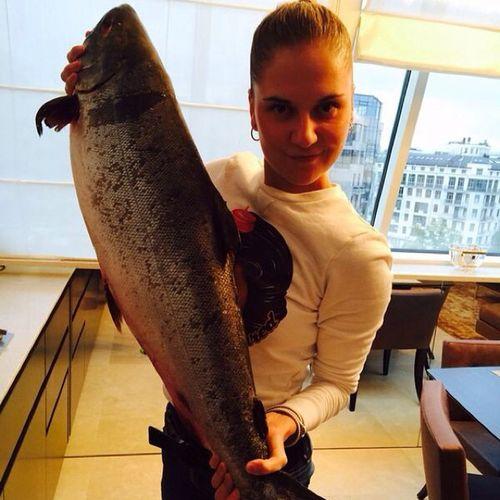 Когда есть с чем сравнить- размер понятен ????????????????? рыба чавыча размер камчатка fishsalmonsizekingsalmon