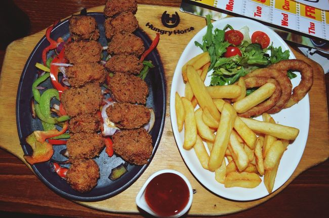 By far the best, could eat this all day🍗🍟 Food Porn Awards Mealtime
