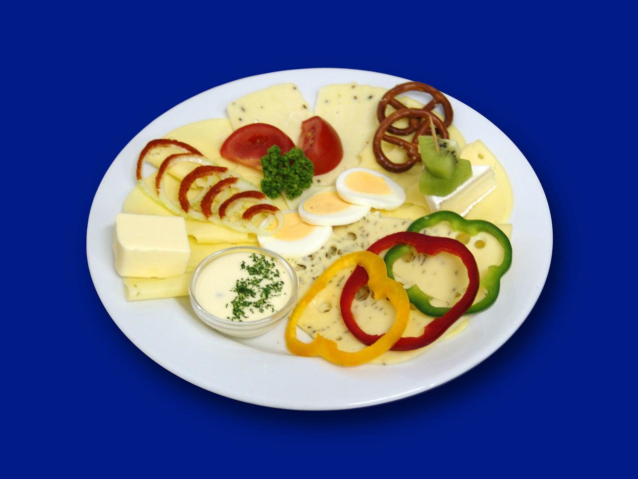 Abendbrot Butterfly Eier Essen Food Foodphotography Freshness Käse No People Plate Teller Wurst