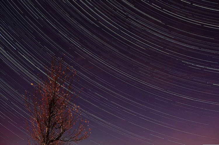 Trails of life Startrails Kildare Ireland🍀 Nightphotography