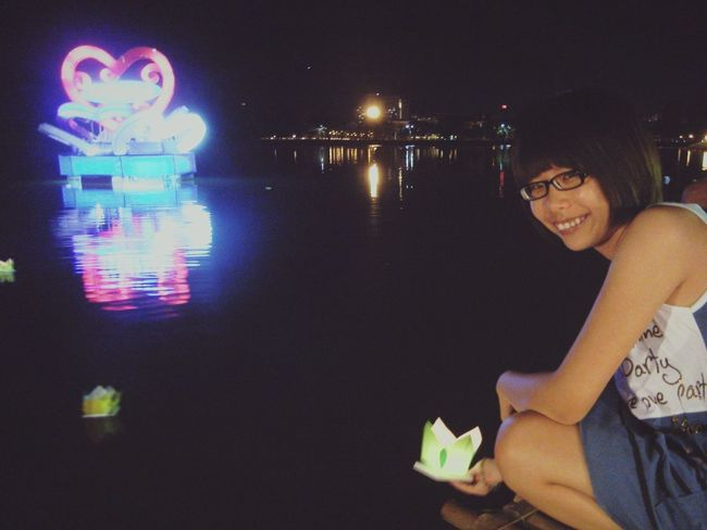 Happy Lunar New Year 2013 The Paper Boat Make A Wish ! With My Bestfriend ❤