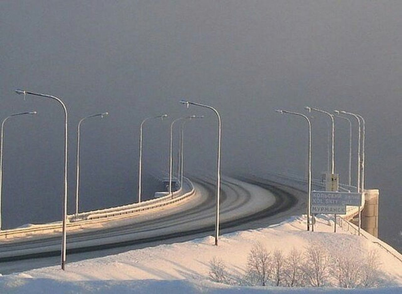 winter, snow, cold temperature, curve, nature, no people, road, beauty in nature, day, outdoors, snowing