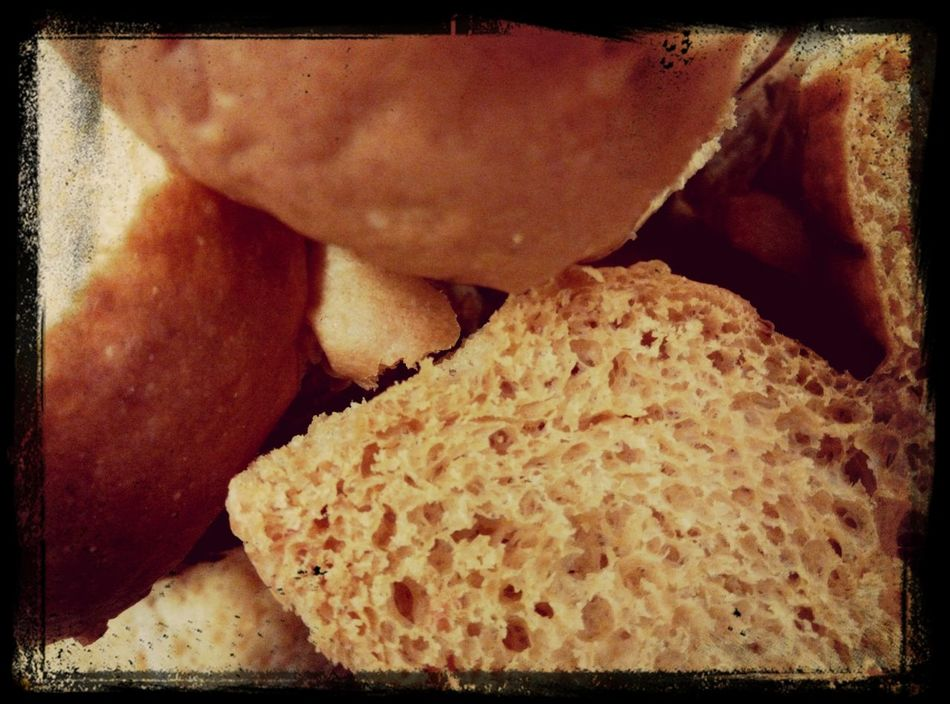 Crispy bread..kriuk2 kaya kerupuk... Eating Lunch