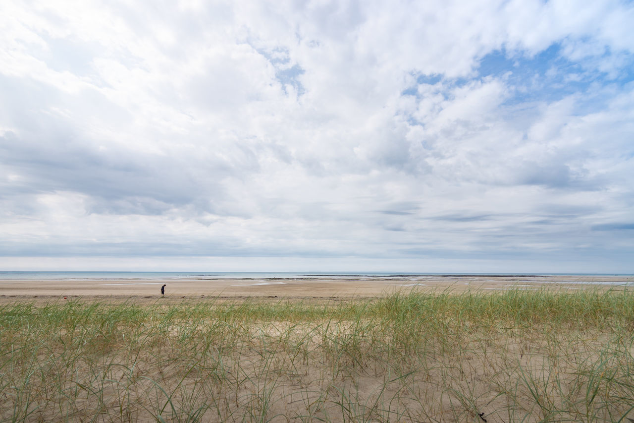 Beach Beauty In Nature Cloud - Sky Day Field France Grass Growth Horizon Over Water Landscape Lindbergh Nature No People Normandie Normandy Normandy Beach Outdoors Scenics Sea Sky Tranquil Scene Tranquility Water