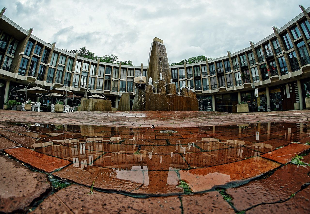 Fountain Plaza Shopping ♡ Town Centre Bricks Patio Puddle Puddleography Park Rainy Day
