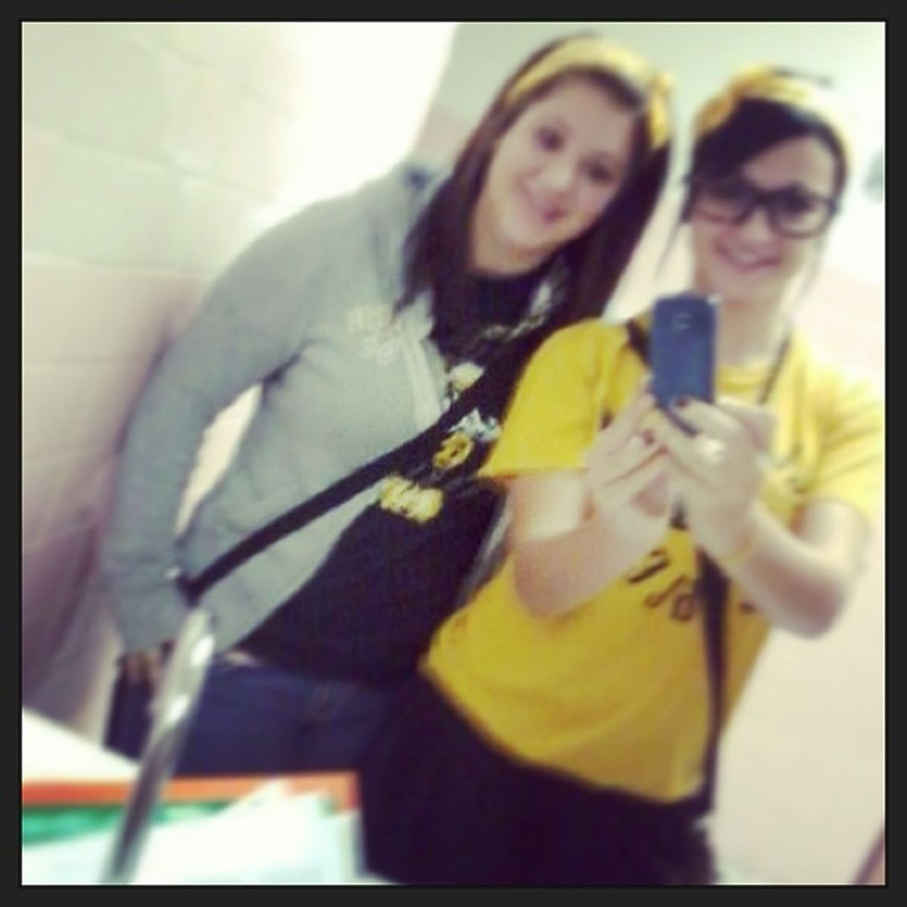 Black N Gold Day:)) Lookinglikedorks Sophmore Homcomingday SuperExcited representin eaglepride yougoboys footballgames