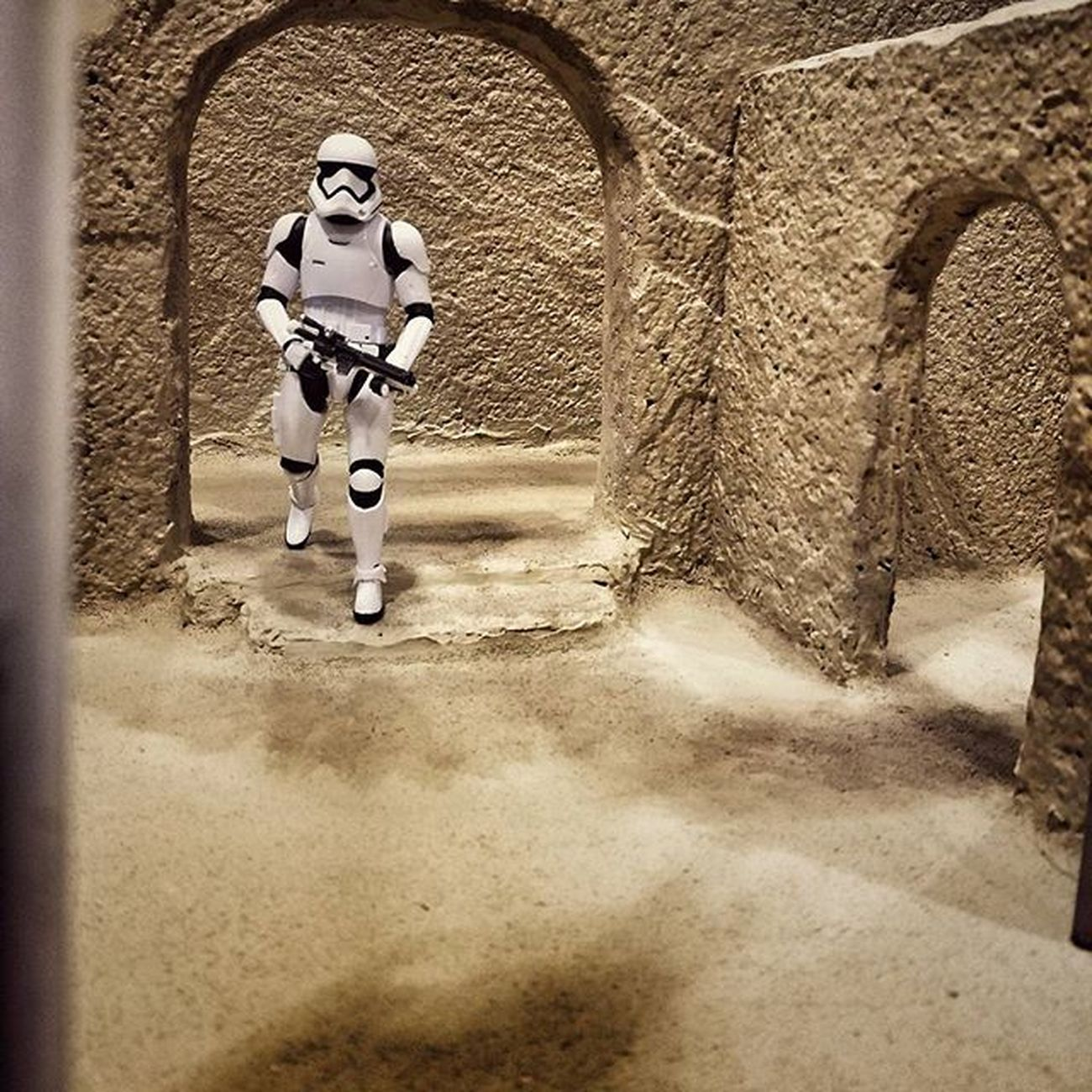 Sand, weathering and some props added to Sandtooine Almost done. A few test shots with a Firstorder Trooper Tatooine Starwarstoyfigures Starwars Starwarsblackseries Blackseries Starwarstheblackseries Ihatesand Moistureevaporators Moisturefarm Diorama