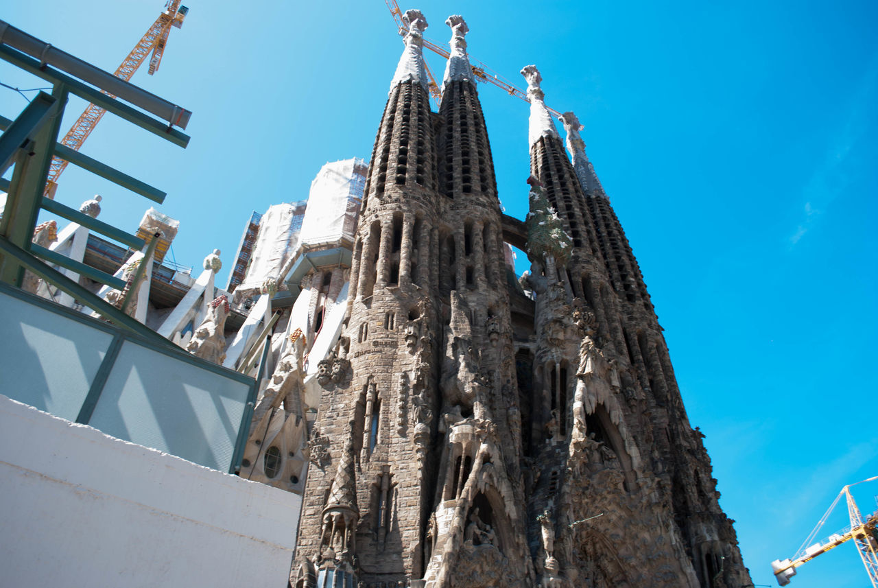 Architecture Built Structure Day Low Angle View No People Outdoors Sagrada Familia Sagradafamilia Sky