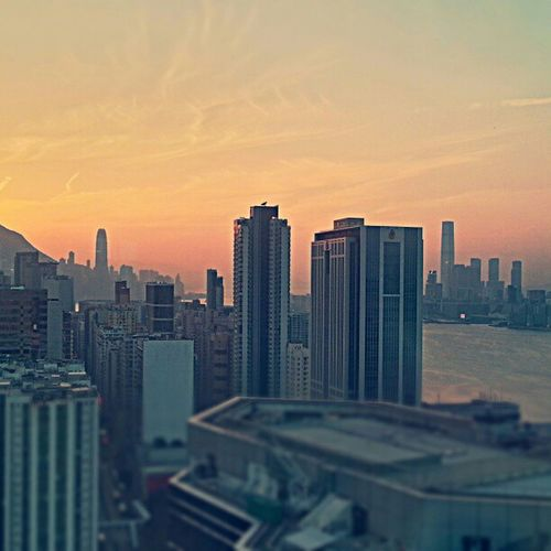 Another Spectacular Sunset on a wonderfully Impressive Skyline skyporn skyscrapers ifc Icc redfuse view HK HongKong onlyinhk hopefully posted before @eric_somewhere lol