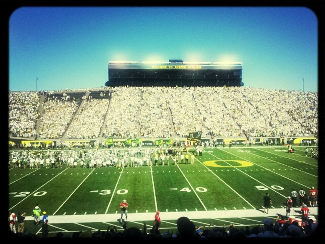 Game Time  Oregon Ducks Autzen Stadium Football