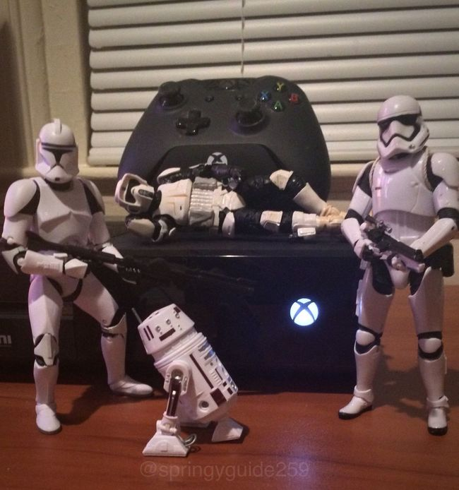 Xbox troopers (sorry for the lack of stories lately) Starwars Stormtrooper Starwarstoys Starwarsfigures Starwarsblackseries Thefirstorder Scouttrooper Clonetrooper Xbox