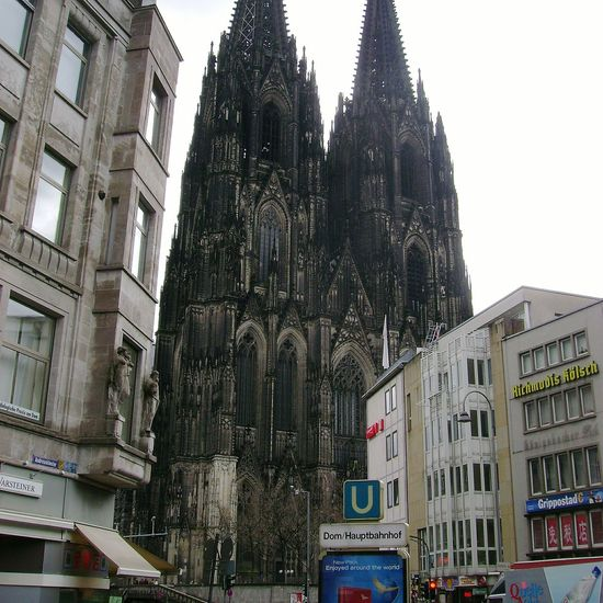 Kölner Dom Köln, Germany Kölner Dom Cathedral Building Exterior Architecture Built Structure Low Angle View City Window Tree Travel Destinations No People Outdoors Day Sky Cultures Skyscraper
