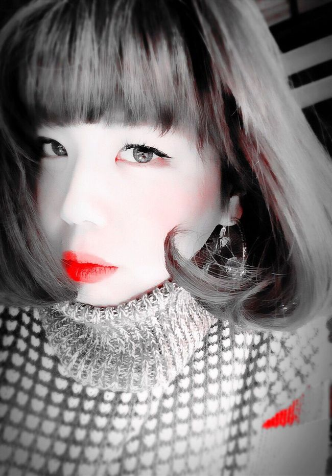 That's Me Blackandwhite Red Bobhair Red Lips Hello ! Me:)