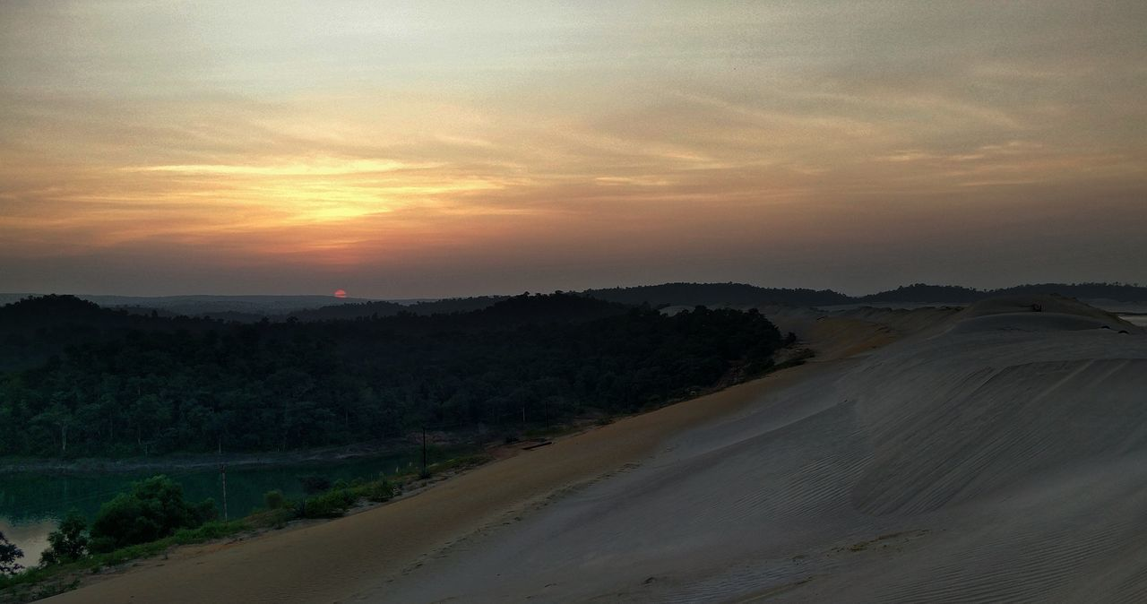 sunset, scenics, nature, tranquil scene, beauty in nature, sky, landscape, tranquility, no people, outdoors, tree, sand dune, day
