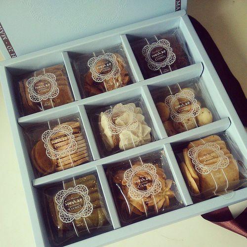 BFF's wedding cookies❤ Bff Weddingcookies Wedding Love March20 Handmade