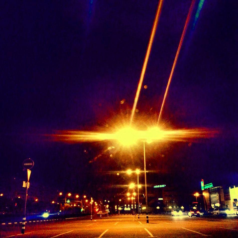 фонари, словно глаза лазеры ночь_улица_фонарь покатушки