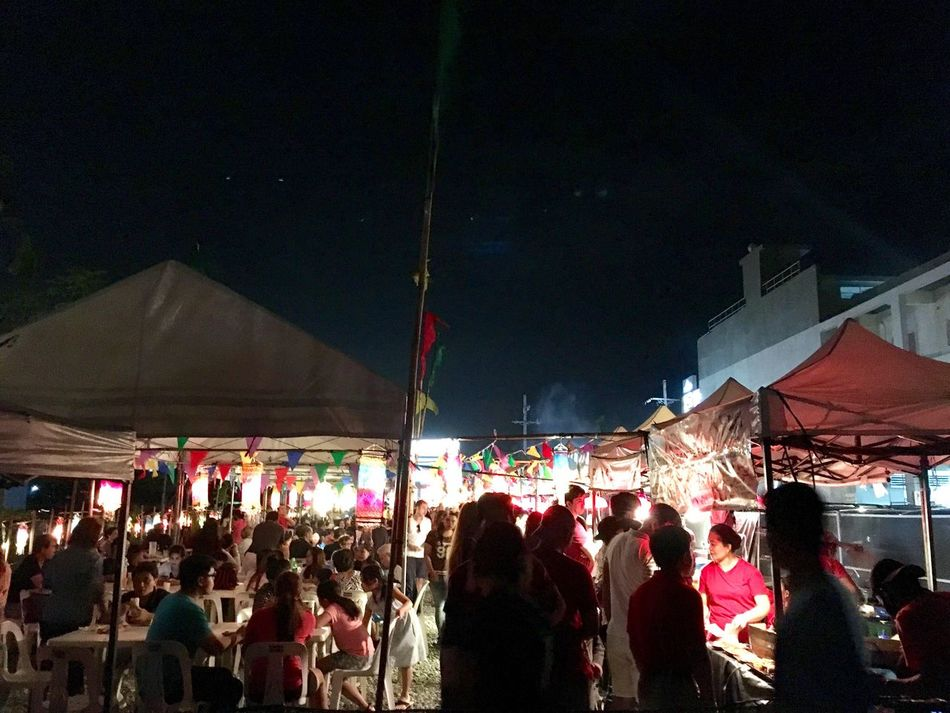 Night Real People Large Group Of People Illuminated Men Market Women Crowd Building Exterior Lifestyles City Buying Leisure Activity Built Structure Architecture Sky Outdoors Nightlife Bazaar People foodpark