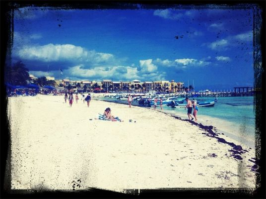 photo in Playa Del Carmen by Mr. Cruz Johans
