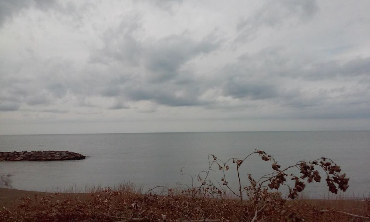 Sea Horizon Over Water Scenics Nature Beach Water Travel Destinations Outdoors Beauty In Nature No People Storm Cloud Sky Day Rocks Cloud - Sky Awesome Sky Lake View Erie Pennsylvania No Filter, No Edit, Just Photography No Filter 3XSPhotographyUnity 3XSPUnity NoEditNoFilter Non-urban Scene Beauty In Nature
