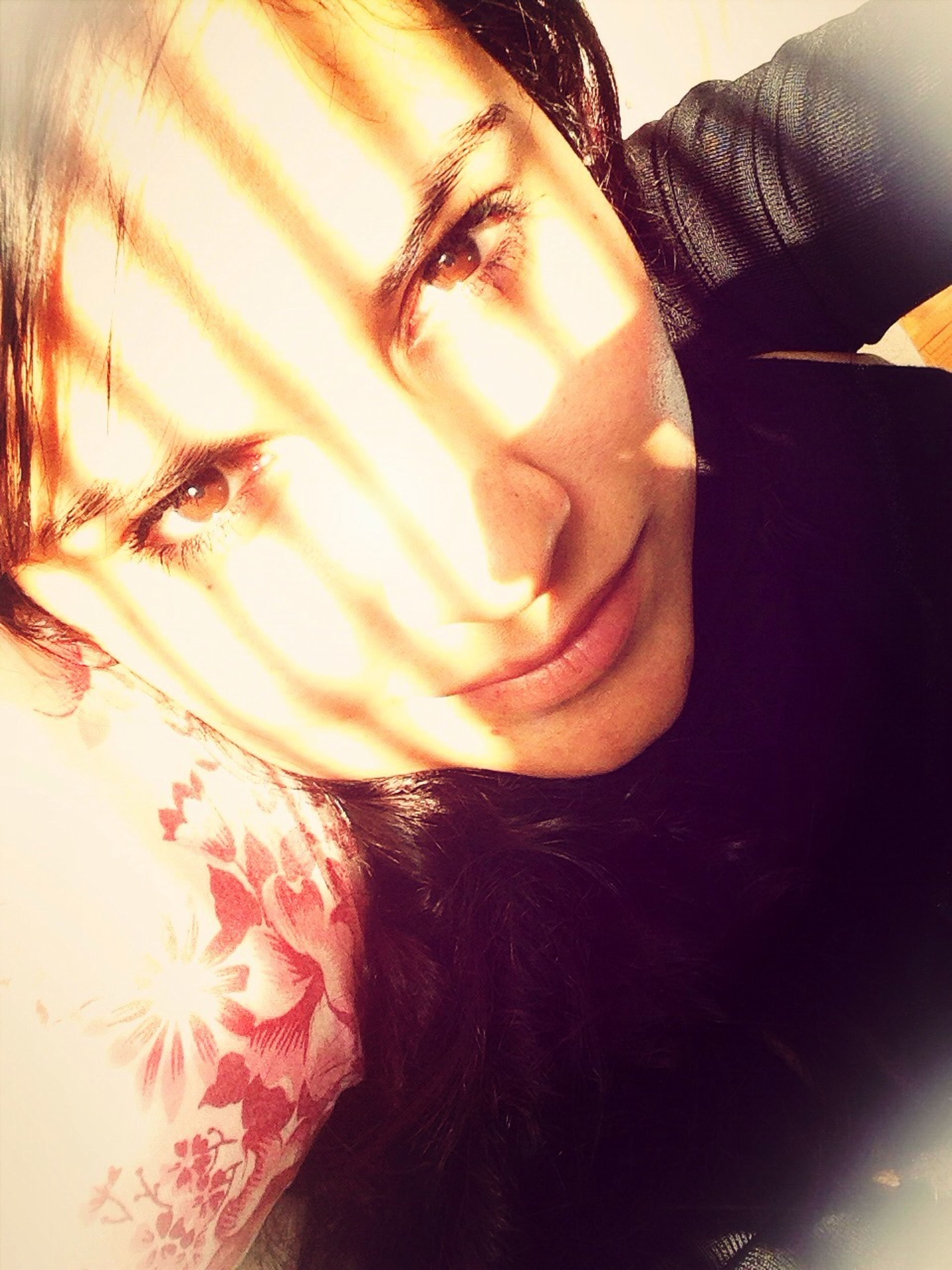 indoors, person, close-up, part of, lifestyles, holding, cropped, leisure activity, reflection, unrecognizable person, sunlight, sweet food, table, high angle view, human finger, celebration
