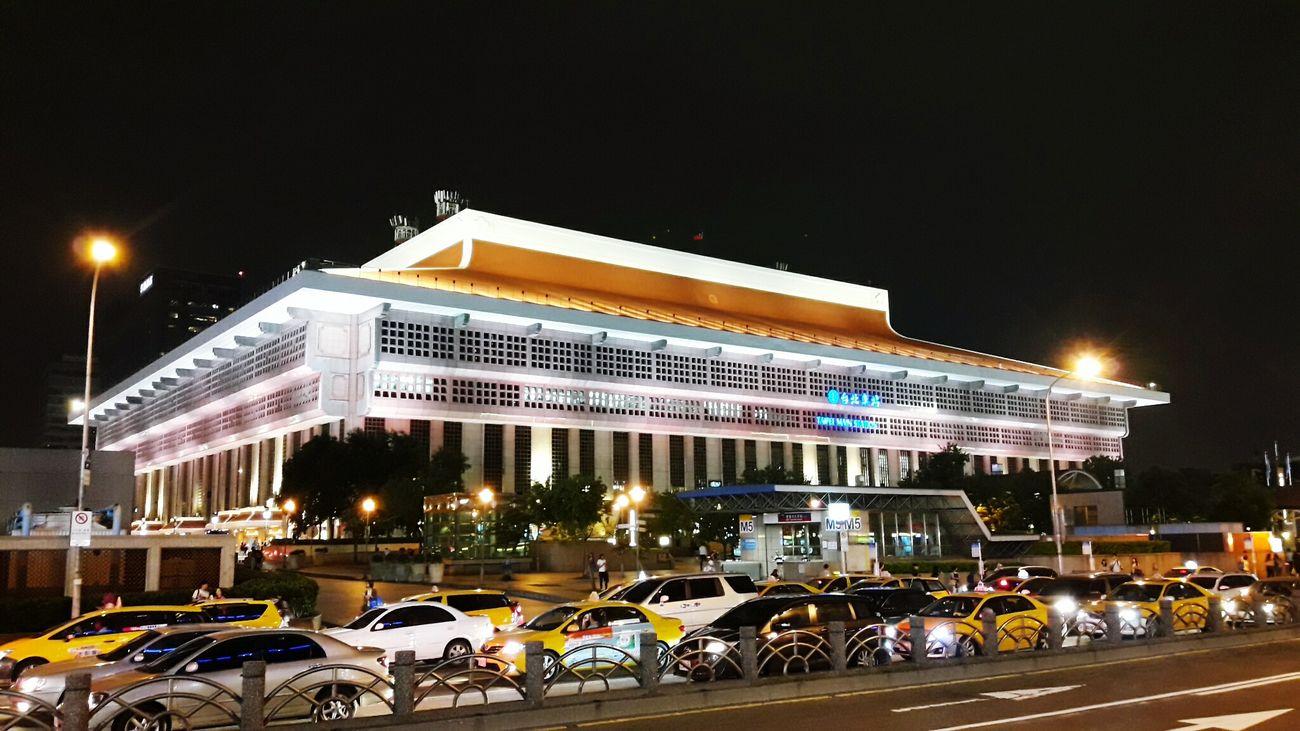 粉紅 粉紅色 臺北車站 台北車站 鐵路 鉄道 駅 台北駅 ピンク Pink Pink Color Railway Taipei Station Taipei