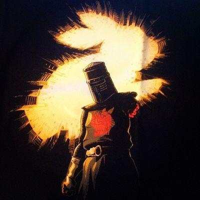 Mein nächstes TeeFury-Shirt. The Black Knight Rises.