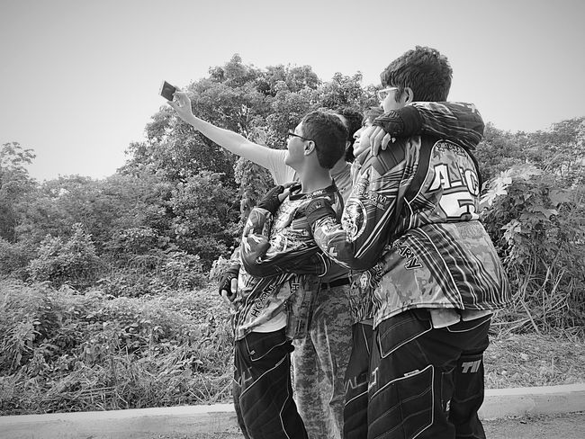 #paintballevent #Friendship #GOTCHA #kids #paintball #paintballphotography #selfie Team Friends Monochrome Blackandwhite HK Army