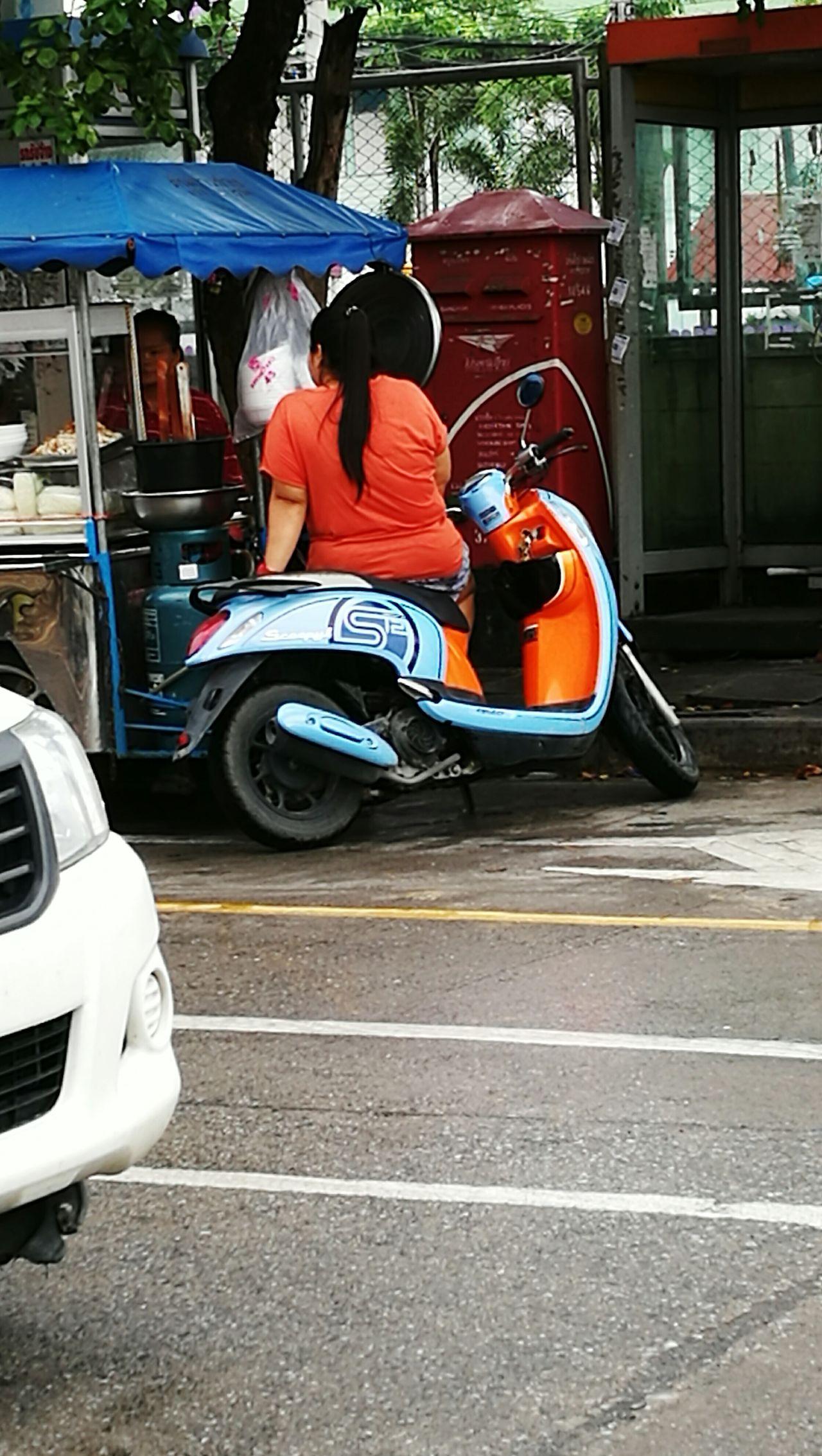 Thaistyle Thailand Thai Food Thai Girl Samut Prakan Bangchalong Street Street Photography Streetfood Woman Obese Woman Obesity