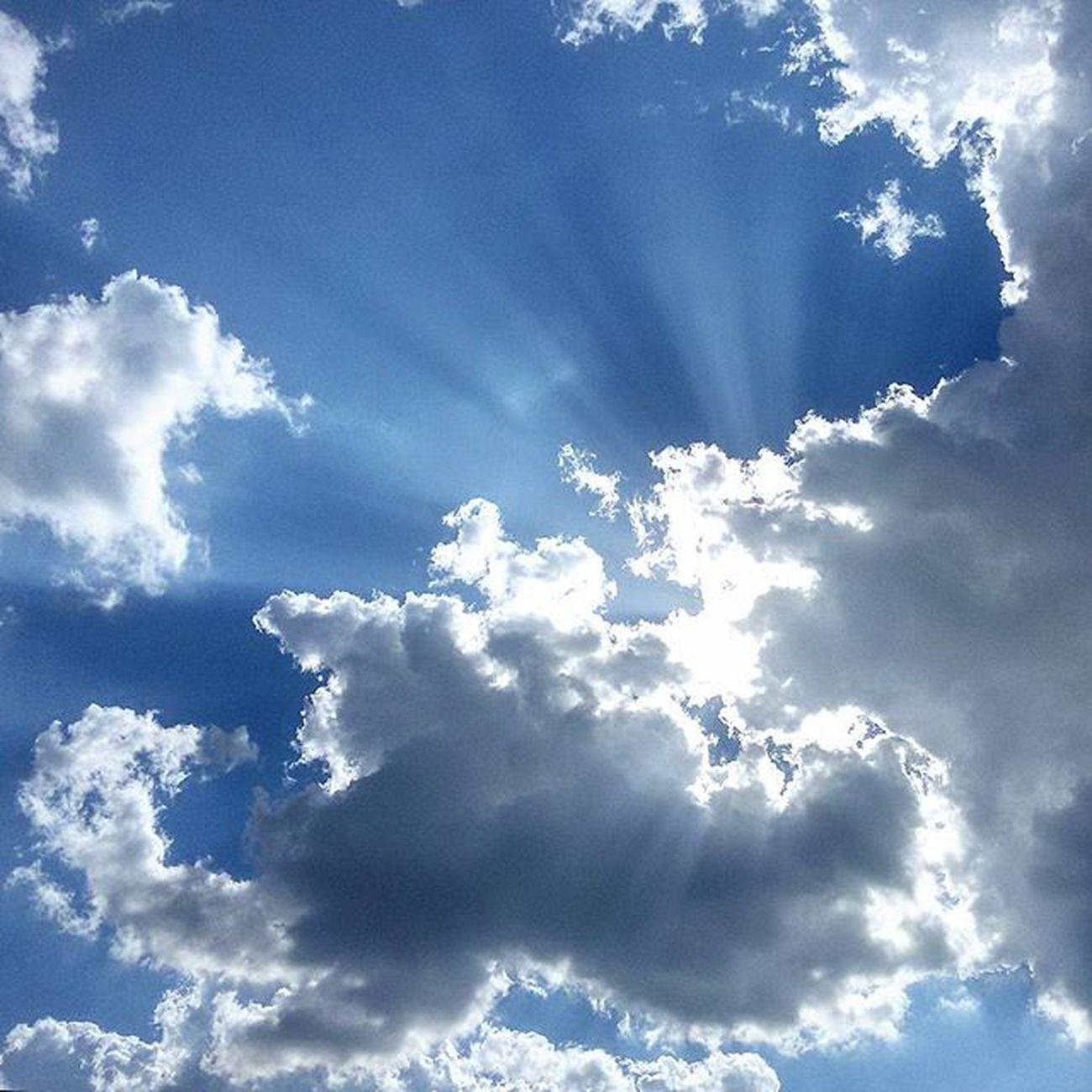 Sky Skyporn Summer Summertime Summer2015 Blue Cloudporn Cloud Cielo Nuvole Myvallo Igersitalia Igersoftheday Igerscampania Igers_salerno Vallodidiano Chasinglight AlzaLoSguardo @igers_salerno
