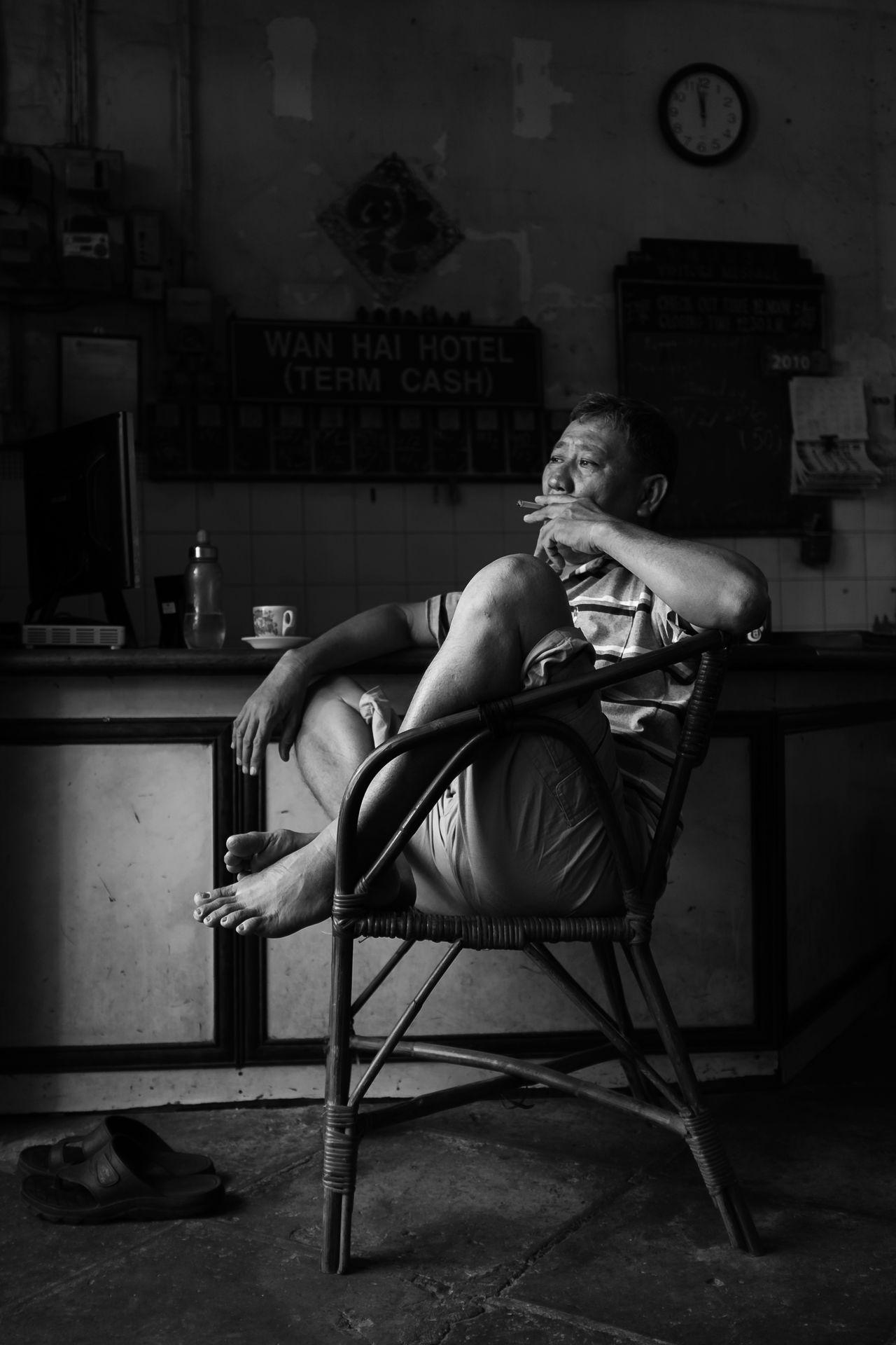 Georgetown, Penang February 12, 2016 Black And White Budjet Hotel Chinatown Daily Life Fujiflm X100S George Heritage Heritagebuilding Heritagesite Love Lane Mahfuz Jaffar Penang Street Street Life Street Photography Wan Hai Hotel