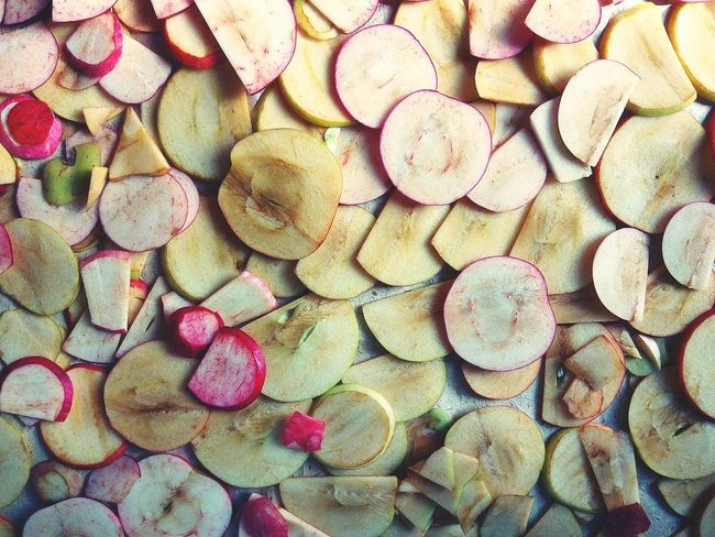 Backgrounds Full Frame Large Group Of Objects Abundance No People Pattern Day Textured  Close-up Apple Apples Apple - Fruit Slices Sliced Sliced Fruit Sliced Fruits Textured  Textured Surface Food Stories
