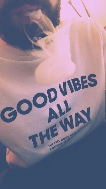 Good Vibes. 🌈🌬 Good Vibes Smoke Smoking Electronic Cigarette Narghile Hookah Vibes Text Quotes Communication Indoors  Men Beard