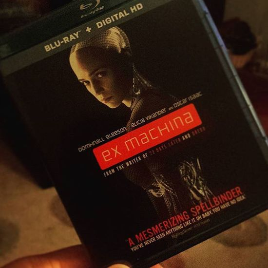First Bf Blackfriday purchase has arrived Exmachina Exmachinamovie got it at Amazon Amazonprime for $5 couldn't pass it up Goodmovie Robots Scifi Lionsgate Oscarisaac