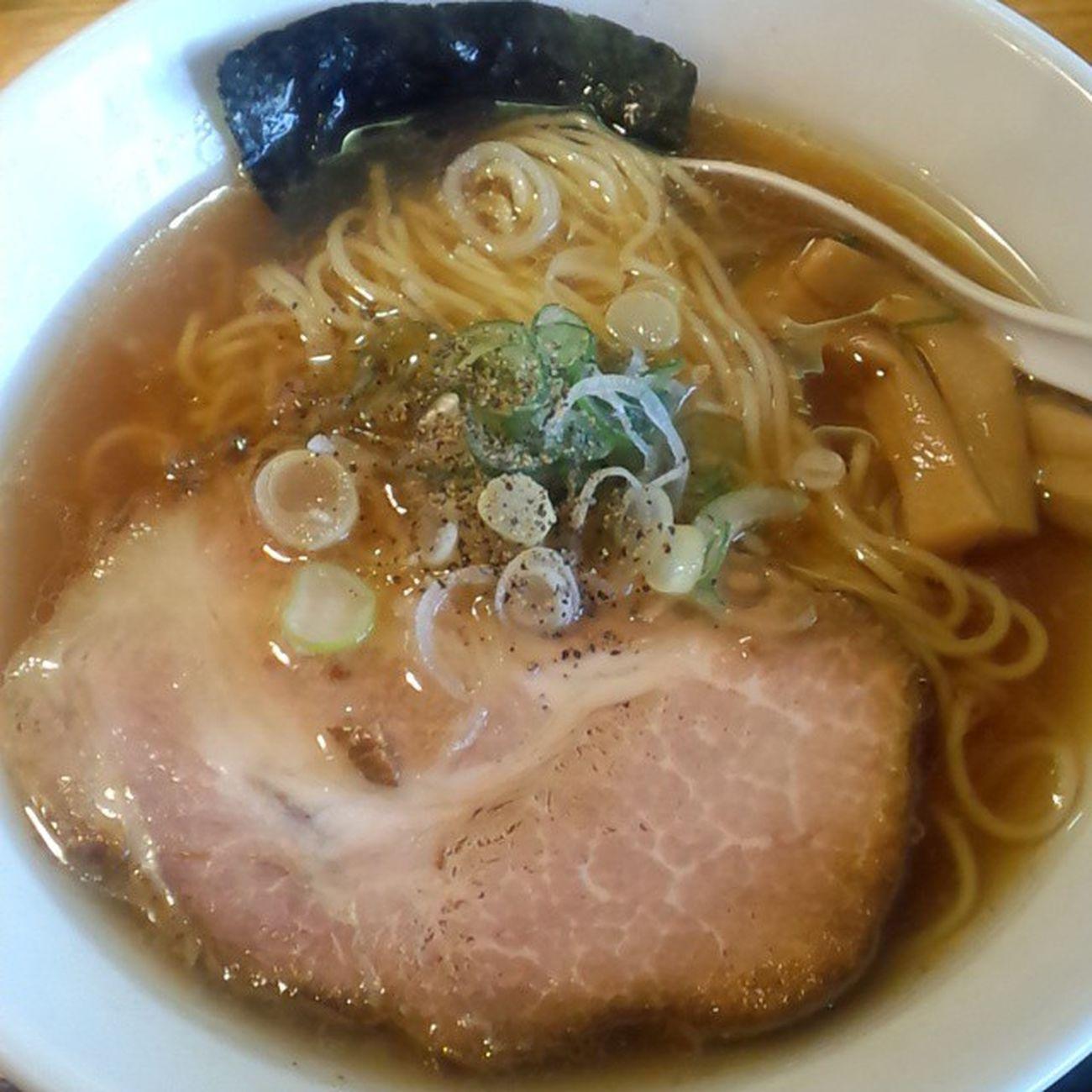 懐かしさのなかに新しさあり。 中華そば 地鶏スープ ひるめし