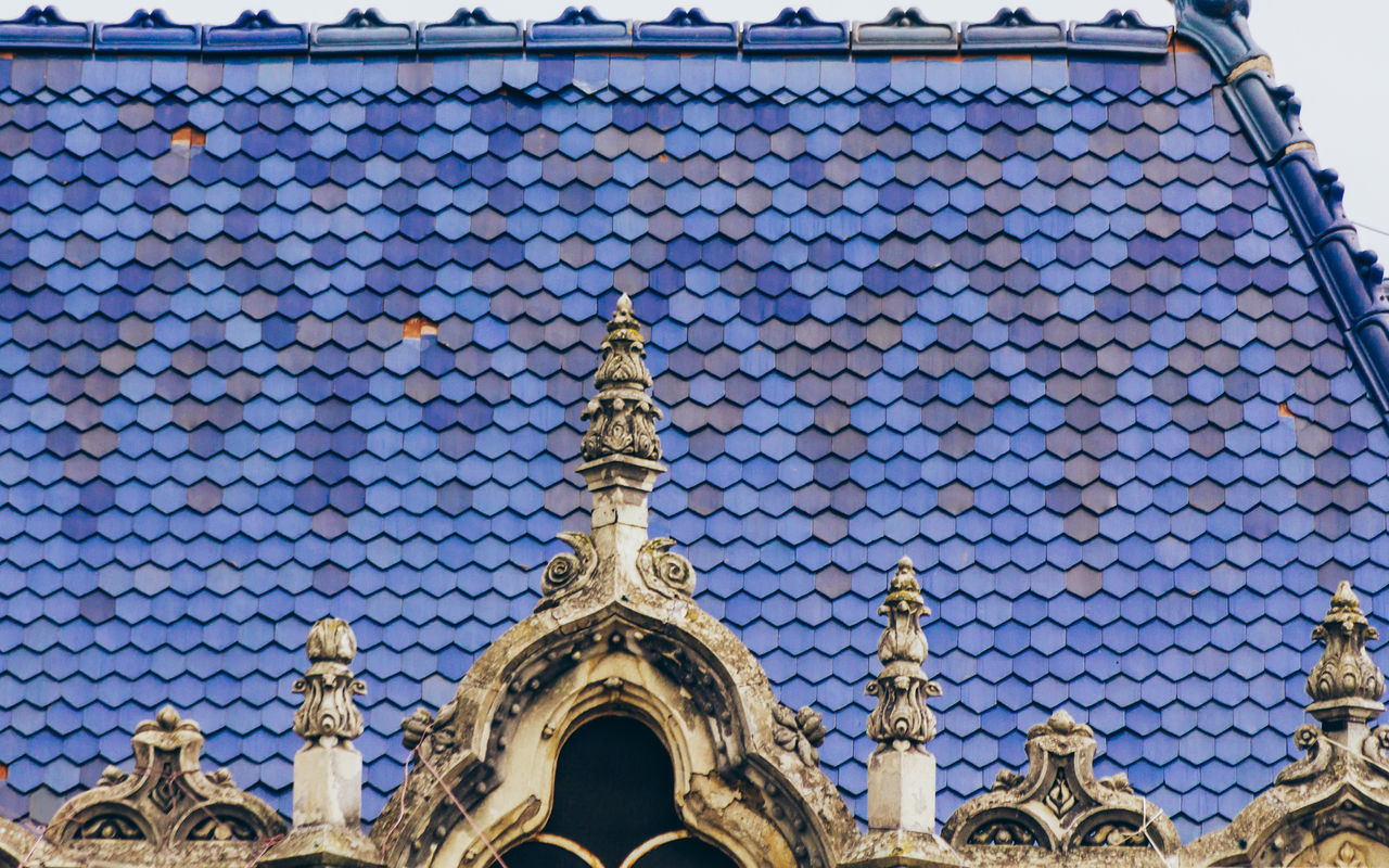 Art nouveau rooftop Architectural Feature Architecture Art Nouveau Art Nouveau Architecture Art Nouveau Buildings Art Nouveau Style Blue Roof Blue Rooftops Built Structure Colored Tiles Hotel Dacia Ornate Colour Of Life