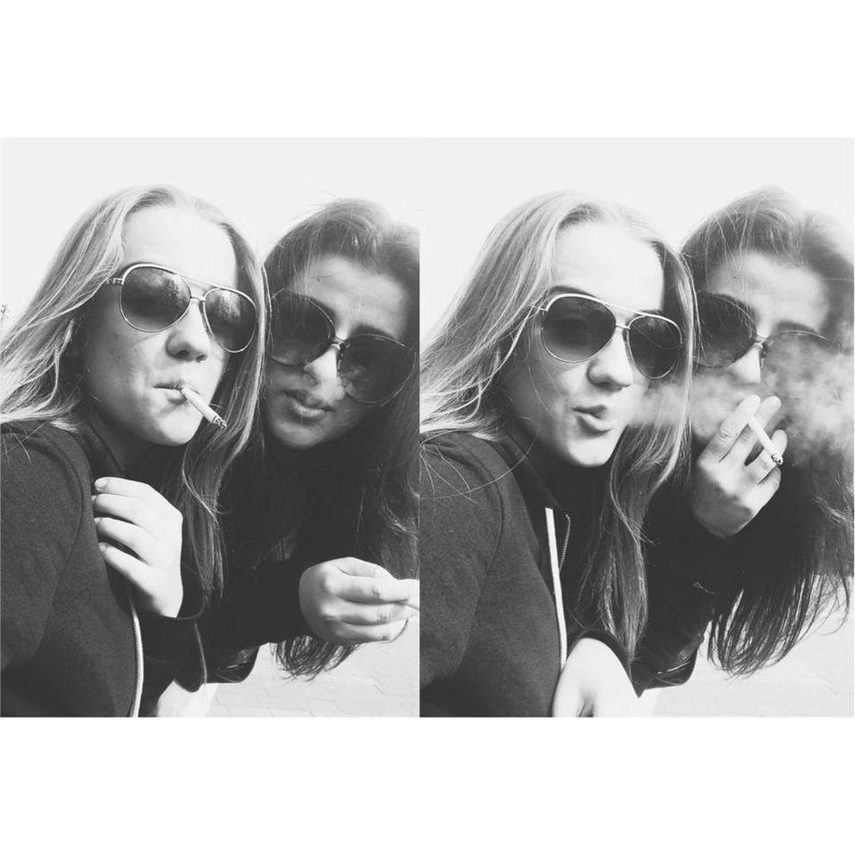 good day with my love Bff Girls Smoke Beauty Friend