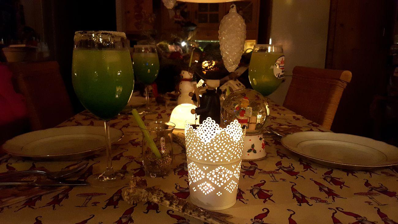 Angerichtet Tafel Familienabend